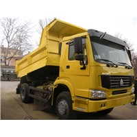 SINOTRUK HOWO 4X2 DUMPER /Tipper TRUCK 10M3 ZZ3167M3511336HP With Middle Lifting EURO II