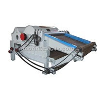 Cotton tearing machine