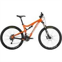 Santa Cruz Bicycles Solo Carbon R Am Complete Bike