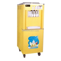 Commercial ice cream machine / ice cream maker