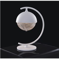 Unique design art style white color indoor/hotel decoration table lamp