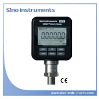 Digital pressure gauges with high accuracy