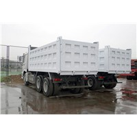Rated Loading 3000KG Van Box Light Duty Commercial Truck 90HP With YN/Cummins/ISUZU Engine
