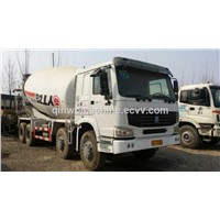 USED HOWO  portable cement mixer  (9 CBM )