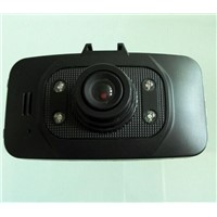 2.6-inch LCD Car Camera HD 720P AVI Format 100 Degree Angle Lens MIC