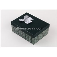 lid and base box Cardboard gift box packaging with bow tie