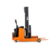 XR15 Electric Reach Stacker