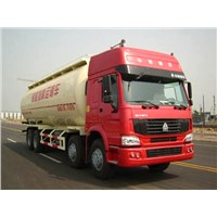 SINOTRUK HOWO 8x4 Fuel Tank Truck with flat roof long cab 371HP, 30CBM