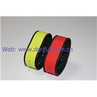 2016 hot selling silicone rfid wristbands
