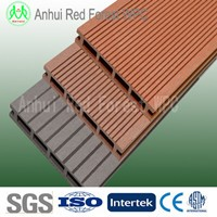 wpc outdoor wood bamboo flooring around swimming pool