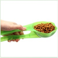 plastic pet food spoon with clip