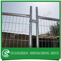 China hot dipped galvanized metal welded wire mesh fencing panel temporary barricade fence