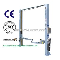 China Hydraulic Manual Lock Release Two Post Clear Floor Car Lift with Ce ISO