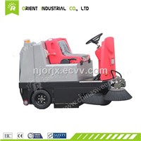 Ride-on Road Sweeper