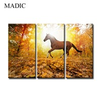 Framed Wall Art 3 Panel Canvas Prints Home Decoration Running Horse Wall Paintings In Sunshine Landscape