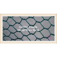 Green Coated Chicken Wire Fencing