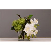 Lifelike Artificial Potted Flowers in Glass Vase with Acrylic Water Floral