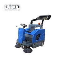 or-C200 DSelf-Discharging Sweeper / Driveway Cleaning Road Machines