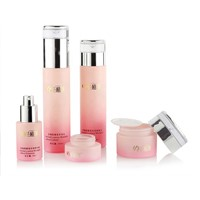 Fashionable 30Ml Pink Skin Care Cosmetic Glass Bottlte Lotion Bottles Set with Pump